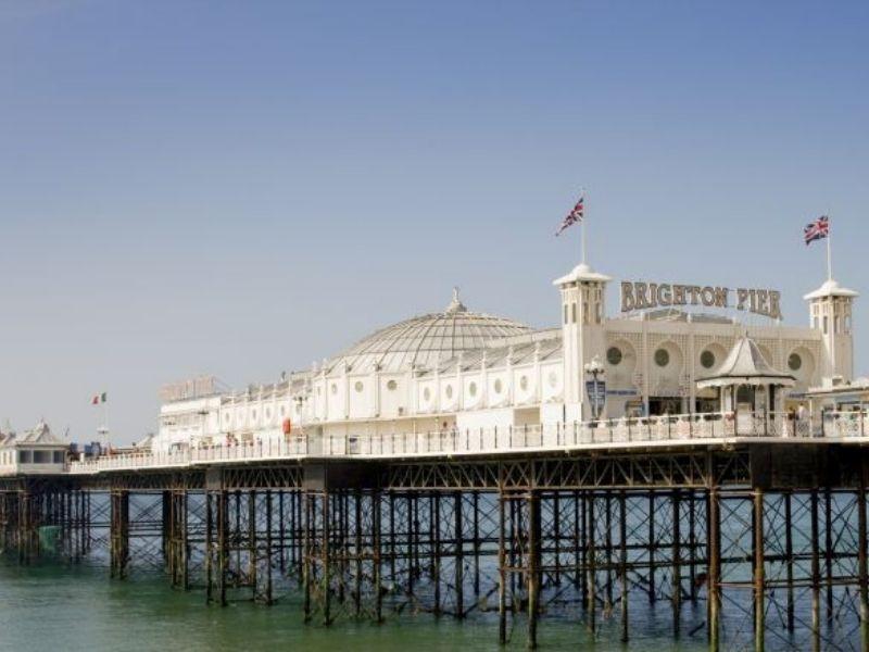 la jetée de Brighton en Angleterre pour un séjour linguistique