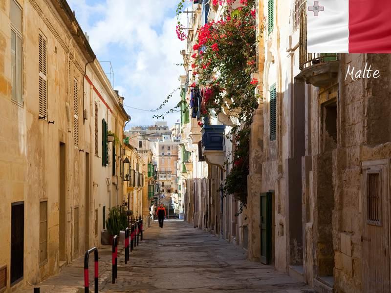 Rue de Malte en colonie de vacances d'été pour enfants et ados