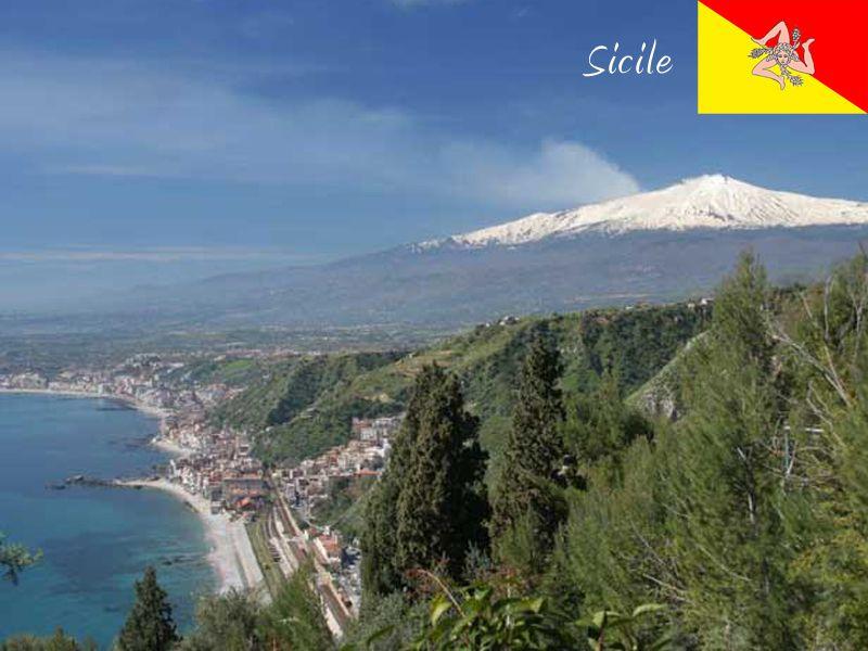 Paysage de la Sicile en colonie de vacances cet été pour ados