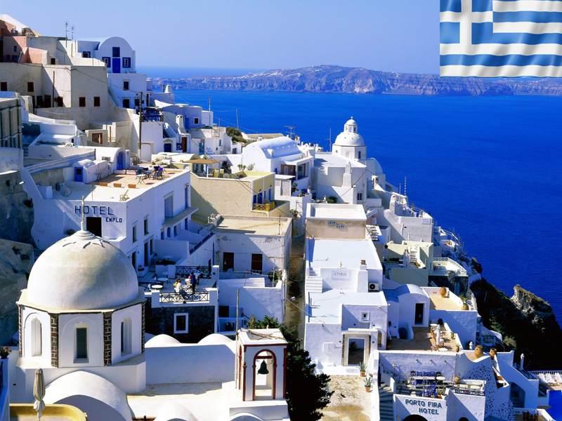 paysage de santorin en grèce cet été en colonie de vacances