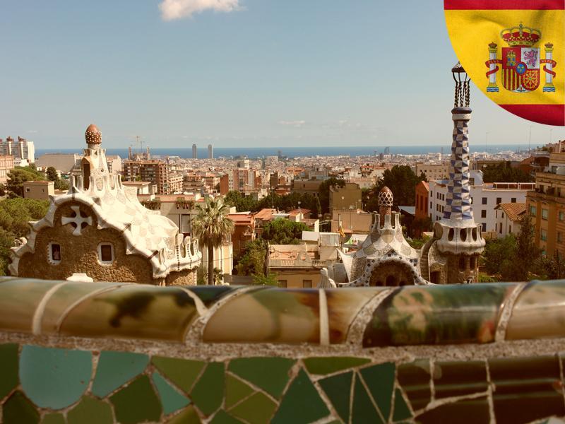 Vue sur le parc Güell de Gaudi à Barcelone cet été