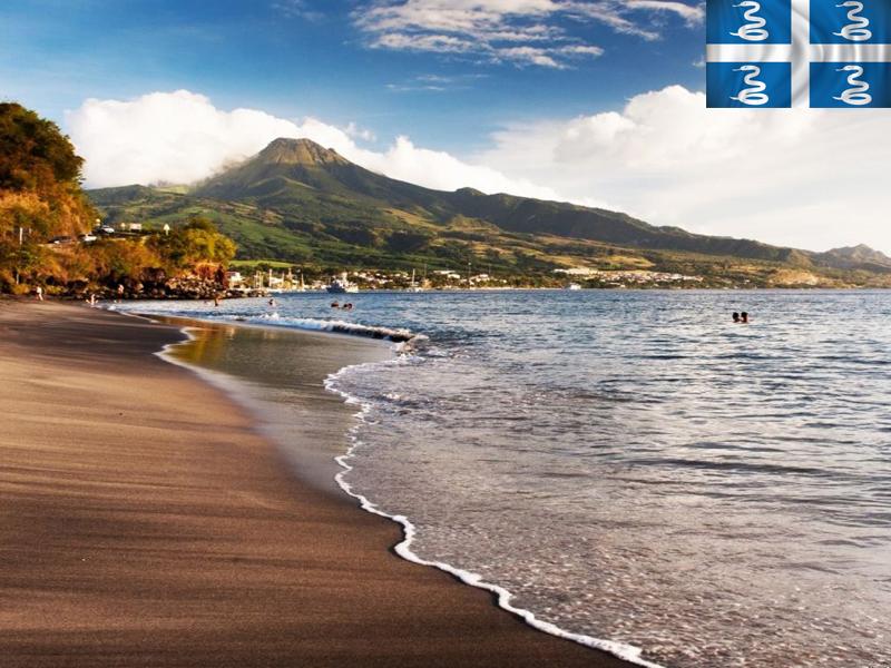 paysage de martinique plage en colo cet été