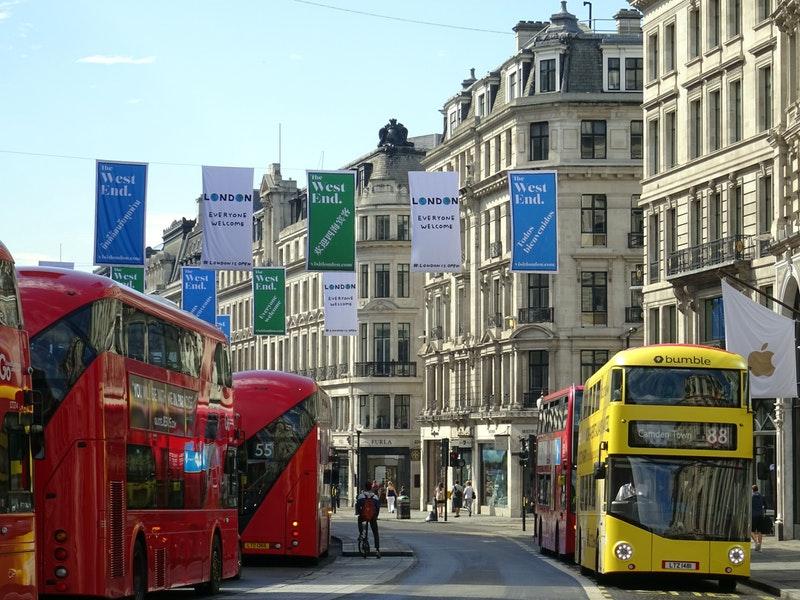 Oxford Street en Angleterre en été
