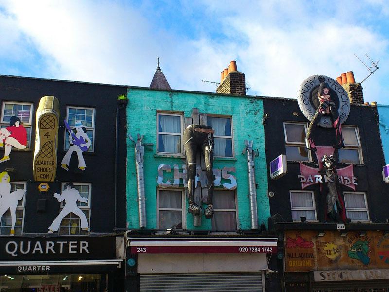 Rue du quartier de Camden Town à Londres en Angleterre