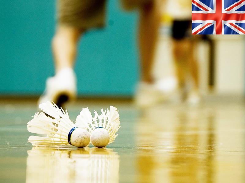 Apprendre l'anglais durant un stage sportif de badminton