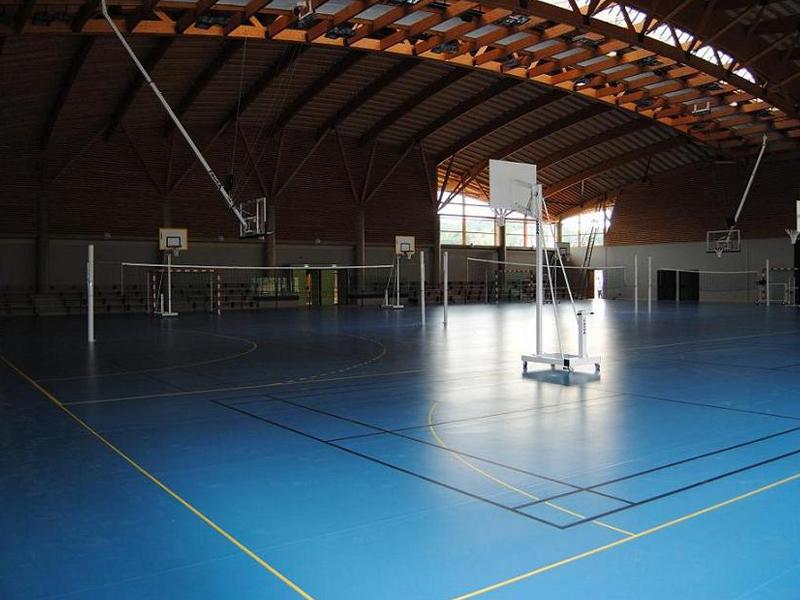 Gymnase de badminton cet été stage sportif