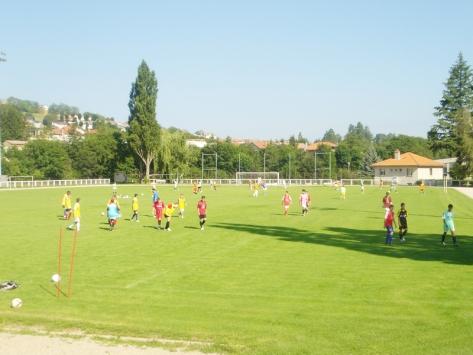 Stages sportifs de football pour enfants et adolescents