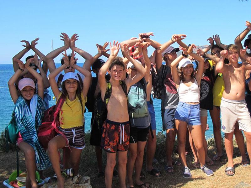 Groupe d'enfants en Corse