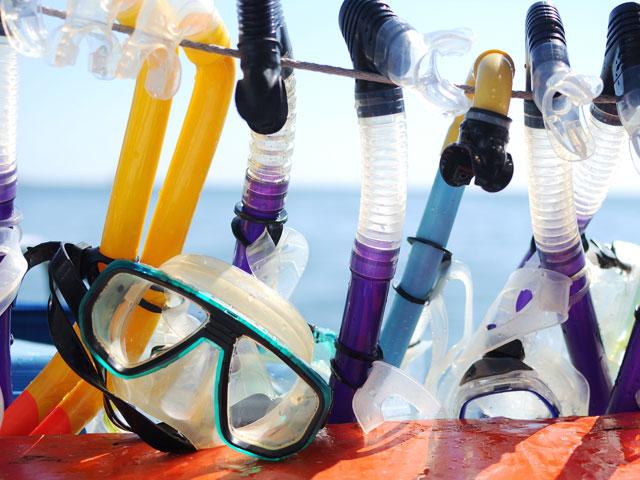 Masques et tuba pour enfants et ados en colonie de vacances en corse