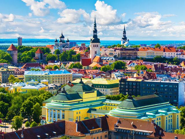 Visiter l'europe en colonie de vacances d'été