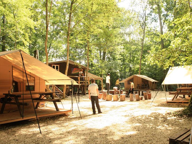 Camp de colonie de vacances cet été