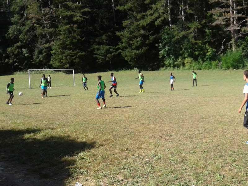 Tournoi de foot durant la colonie de vacances en été