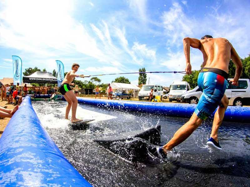 Entrainement surf en colonie de vacances cet été