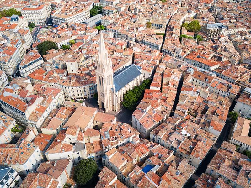 Vue satellite de la ville de Montpellier en été