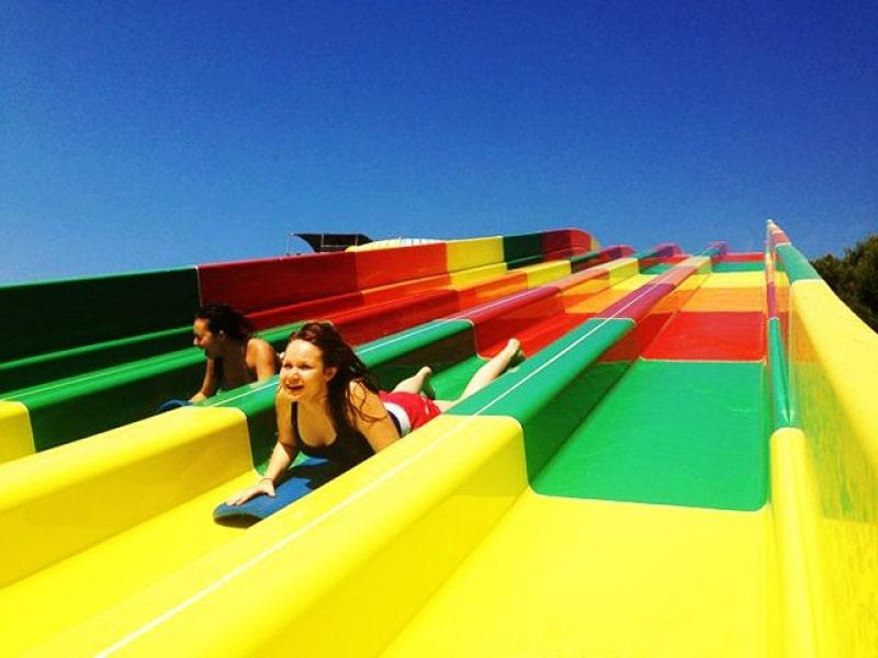adolescents à Wave Island en colo