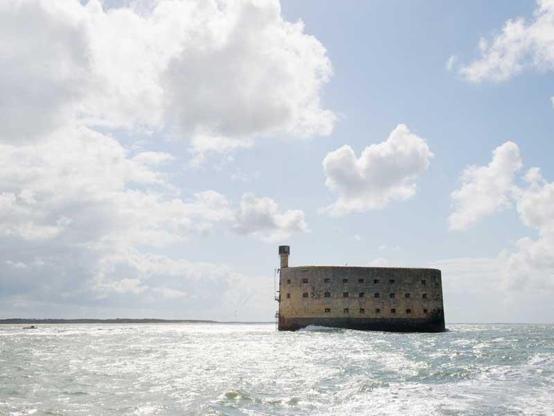 Vue sur Fort Boyard en colonie de vacances d'été