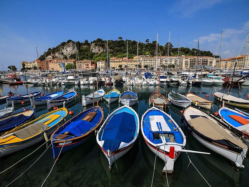 Port de Nice en été