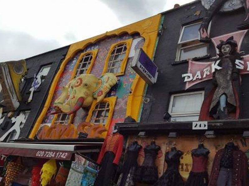 Devanture de magasin à Camden Town, un quartier de Londres en Angleterre