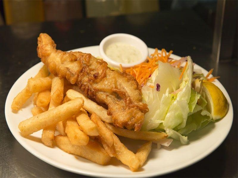 Fish&Chips d'un restaurant d'angleterre