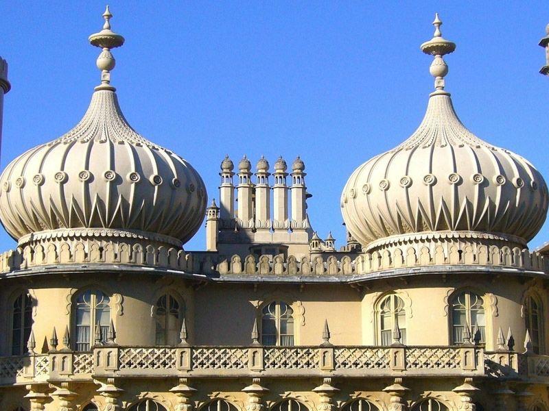 Le toit du Royal Pavilion à Brighton en Angleterre