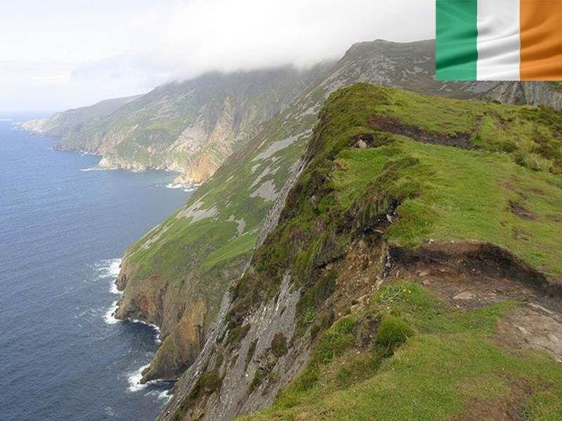 Falaises d'Irlande en été