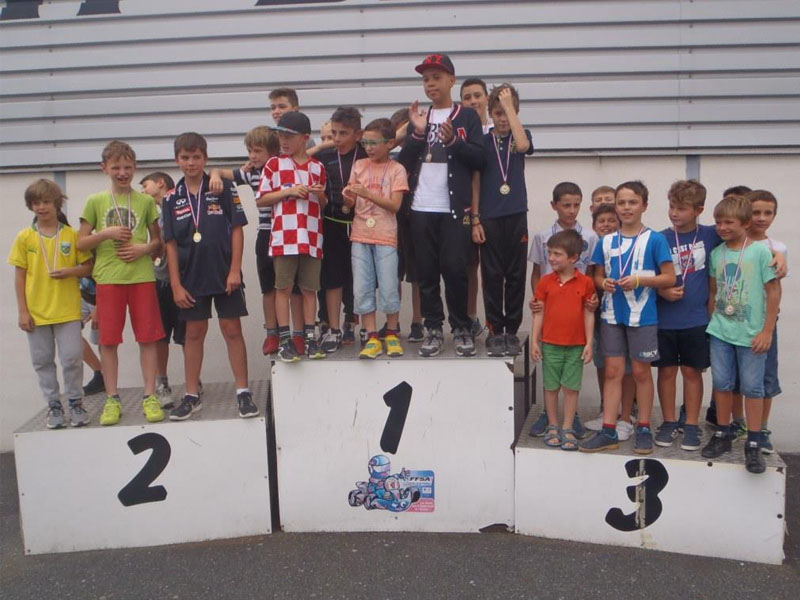 Podium de karting en colonie de vacances