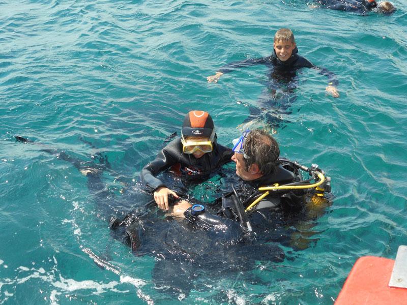 Initiation à la plongée sous-marine en colo