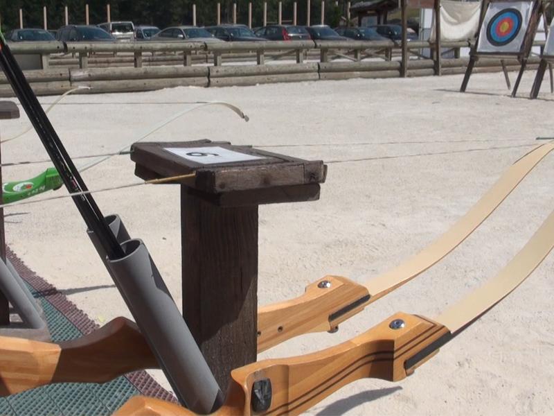 Matériel à tir à l'arc en colo