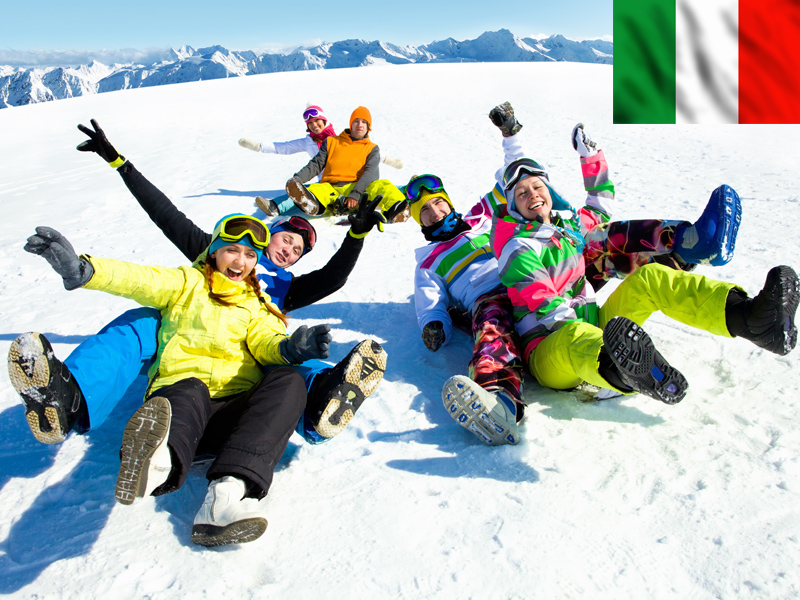 Groupe d'ados en colonie de vacances à Bardonecchia