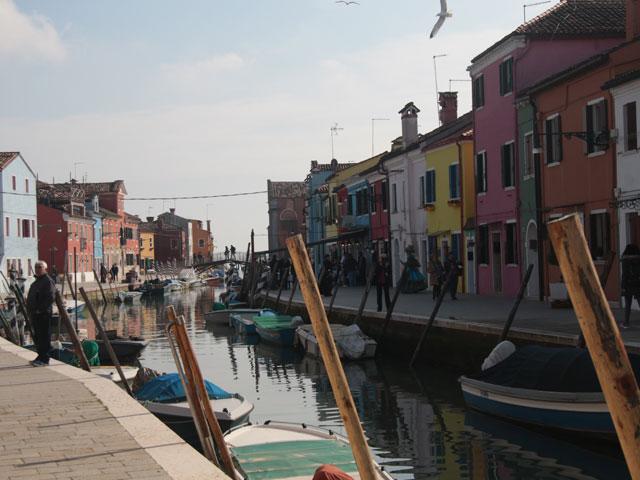 Vue sur les rues de l'île de Murano, en colonie de vacances