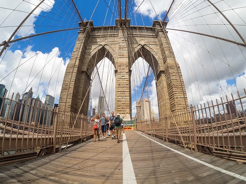 Vue sur le pont de Brooklyn à New York lors d'une colonie de vacances aux Etats Unis
