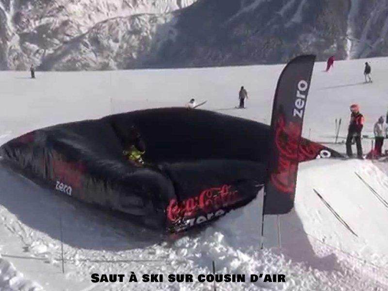 Saut à ski sur coussin d'air en colonie de vacances à Courchevel
