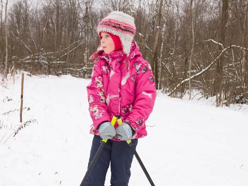 Portrait d'un enfant à ski