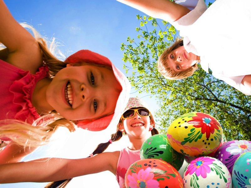 Groupe d'enfants en colonie de vacances