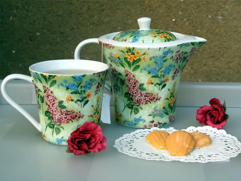 Tasse de thé et petits biscuits anglais