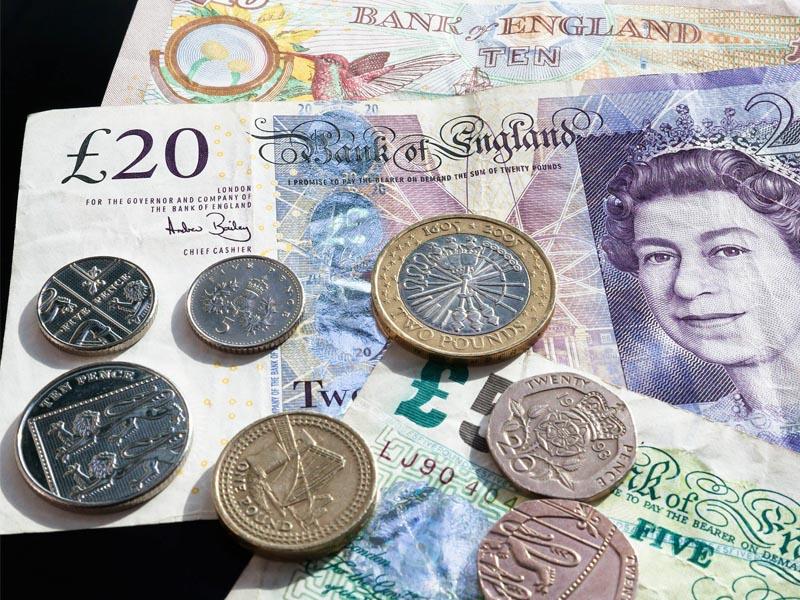 Billets et monnaie de livre sterling