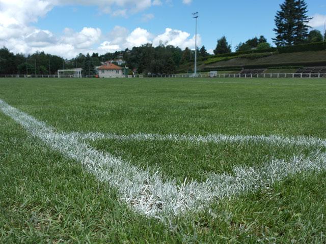 Terrain de football du centre choumouroux de colonies de vacances