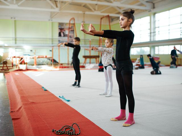 Entrainement de gymnastique en colonie de vacances