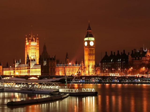 Vue sur Londres et Big Ben en colonie de vacances