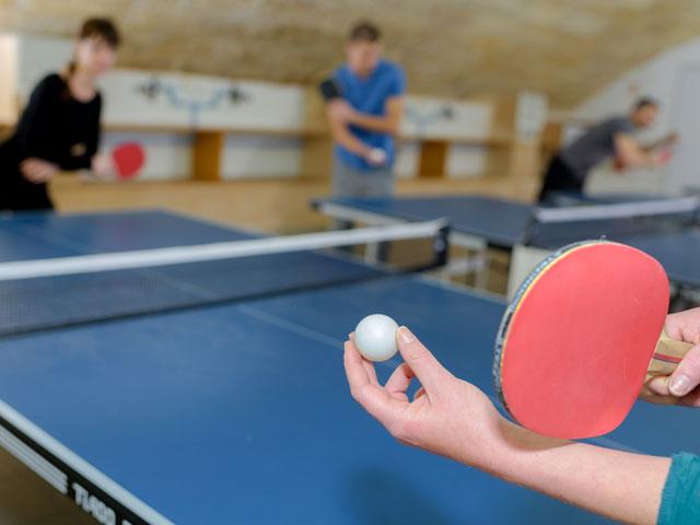 Apprendre à faire du ping pong colo
