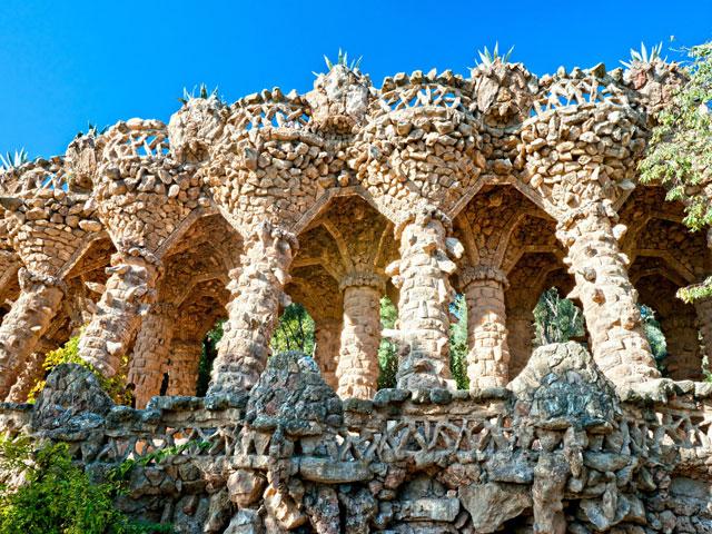 Détails sur le monument de Gaudi