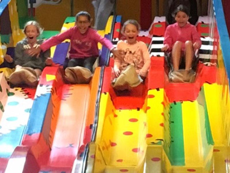 Enfants de 10 ans en colonie de vacances en Belgique