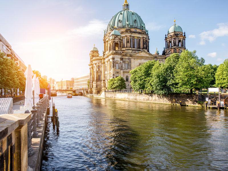 Vue sur Berlin et ses monuments à la toussaint