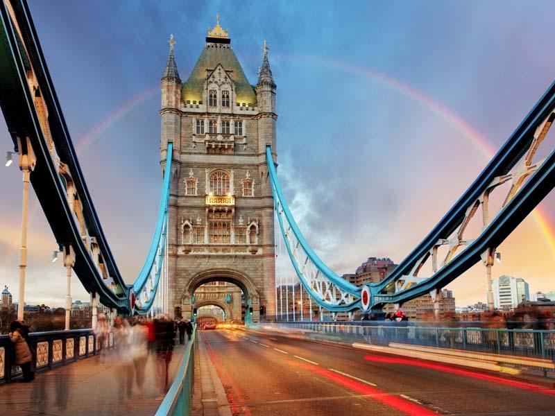 Vue sur le London Bridge à Londres en colo
