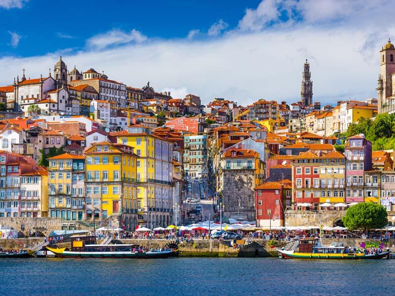 Vue sur Porto en colo cet automne au portugal