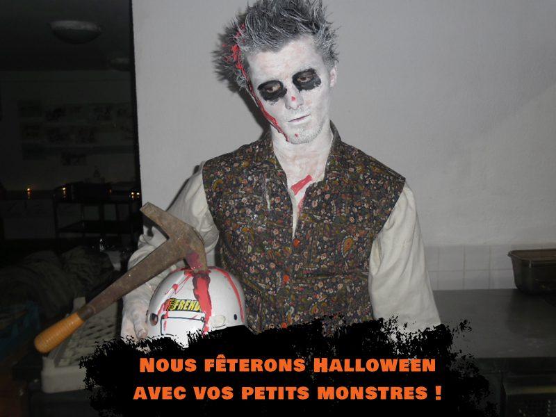 Animateur de colo déguisé en mort vivant pour Halloween