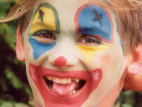 Cirque et maquillage en séjour scolaire