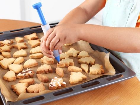 Apprendre à cuisiner petits fours enfants