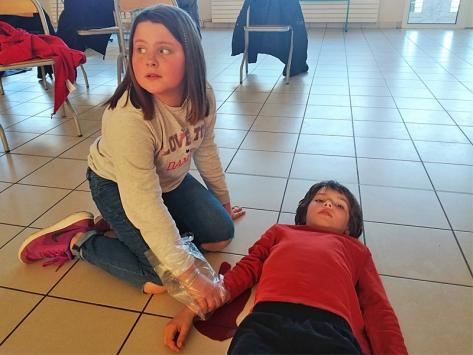Apprendre les gestes qui sauvent à l'école