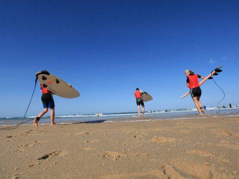 sortie scolaire au surf